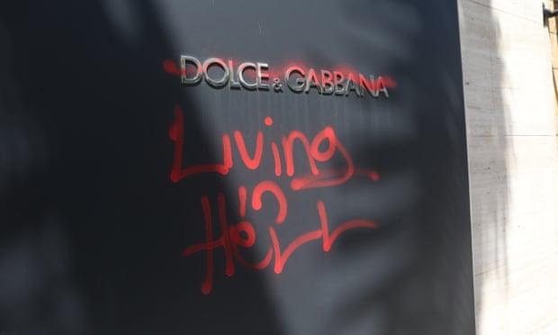 01 Dolce&Gabbana ırkçı tavrıyla başı çeken lüks evlerden biri