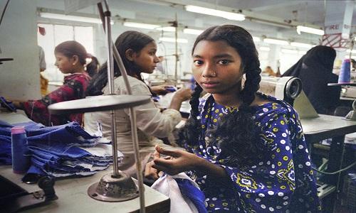 03 moda endüstrisi etnik çeşitliliği yalnıca ucuz işgücü olarak görüyor