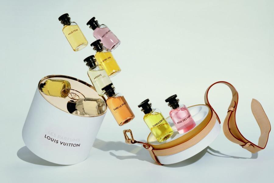 LVMH'nin Fransa'da bulunan parfüm ve kozmetik fabrikaları Mart itibariyle yüksek adette dezenfektan üretmeye başladı